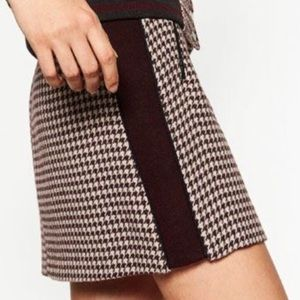 Zara Basic Collection Houndstooth Short Skirt